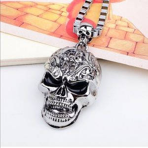 Other - AWESOME Cool Scull Head Pendent Necklace